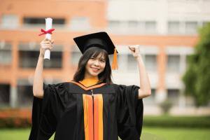 Explore the different jobs for SHS graduates!